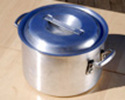 Hot pot (with ladle)