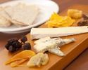 TO チーズ熟成士による4種チーズの盛り合わせ