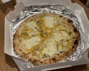 「Pizza クワトロフォルマッジ」 ※11:30時以降の受取り