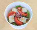 【テイクアウト】完熟トマトとカマンベールチーズのサラダ