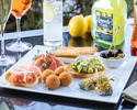 【Free-flow Champagne and antipasto】Relax over pre-dinner drinks and a light meal at terrace