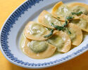 【テイクアウト】リコッタチーズとホウレンソウのラヴィオリ バター、セージのソース