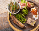 【土日祝ブランチコース】お任せの前菜もり+お好きなメイン+デザート【乾杯スパークリング付き】