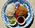 クラゲと蒸し鶏の2種ソース