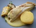 プーレジョーヌ(赤毛鶏)のソテー とうもろこしのクリーム + パン