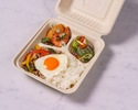 【TO GO】デリ3種+粗びきポークのガパオライス