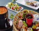 目に美しく盛り付けた「贅沢花籠御膳」!人気のロール寿司&デザート付