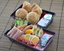 【朝食】パン・サラダセット 1,080円(税込)