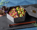 """【テイクアウト用】Hotel Chef's Bento """"鰻おこわ&ローストビーフ"""""""